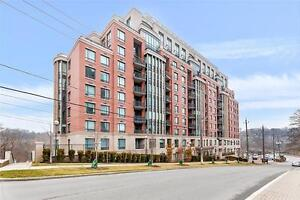 Luxurious Living At The Riverhouse Condos, Steps To Old Mill TTC