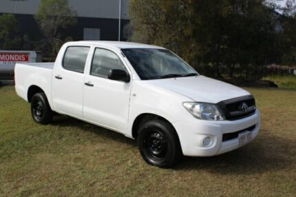 2010 Toyota Hilux GGN15R MY10 SR 4x2 White 5 Speed Automatic Utility Ormeau Gold Coast North Preview