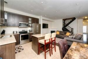 Open Concept Freehold Townhome W/ 9' Ceilings
