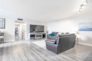 Gorgeous & Spacious 3 Bedroom Condo In Mississauga!