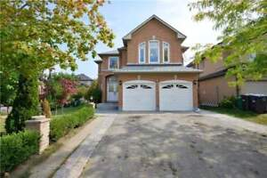 DETACHED HOUSE FOR SALE IN BRAMPTON!!FINISHED BASEMENT