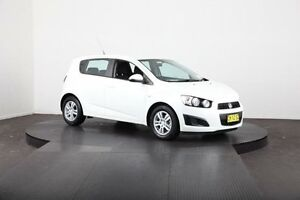 2014 Holden Barina TM MY14 CD White 5 Speed Manual Hatchback Mulgrave Hawkesbury Area Preview