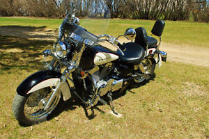 2008 Honda Shadow Aero - LOW KMS! READY TO RIDE!