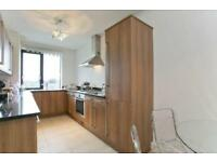 2 bedroom flat in Wellington Road, St Johns Wood, NW8