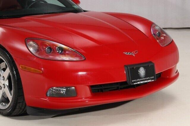 2005 Red Chevrolet Corvette Convertible    C6 Corvette Photo 7