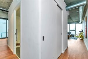 Corktown Loft- Bright 2 Bed/2 Bath w/918 SqFt +107 Balcony