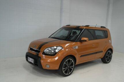 2009 Kia Soul AM MY10 2.0 Orange 5 Speed Manual Hatchback