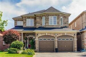 House For Sale In Oshawa!