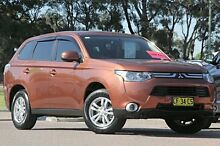 2013 Mitsubishi Outlander ZJ MY13 LS 2WD Copper 6 Speed Constant Variable SUV Warwick Farm Liverpool Area Preview