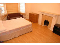 £490 / w - Large two bedroom flat with separate reception, W14