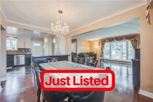 Over 2,600Sqft Including Fin Bsmt >> 3+2Bed 2Wr Bungalow