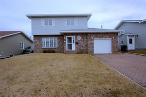 NEW LISTING! 2-Storey Home with Attached Garage in Mt. Pearl!!!