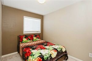Single Indian working Female - Fully furnished room