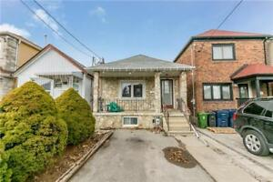 Toronto 2Br 1Ba Bungalow - Don't Miss Out On This One!