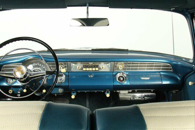 Image 21 Voiture Américaine de collection Pontiac Catalina 1956