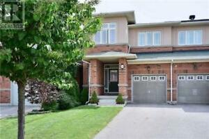 Home for RENT in Thornhill - Thornhill Woods