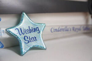 DISNEY - Cinderella's Royal Table Wishing Star and Wand
