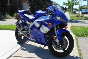 Yamaha R1 Kitchener / Waterloo Kitchener Area image 4
