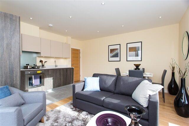 2 bedroom flat in Phoenix Lofts, East India Dock road, Poplar