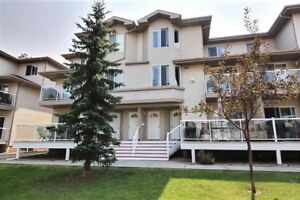 Townhouse for rent $1200.00 for dec 1 millwoods