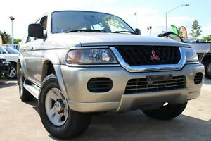 2000 Mitsubishi Challenger PA Gold 4 Speed Automatic Wagon Greenslopes Brisbane South West Preview