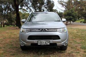 2013 Mitsubishi Outlander Silver Constant Variable Wagon