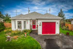 Lovely Bungalow In Mount Pearl. Perfect For A Mature Couple!