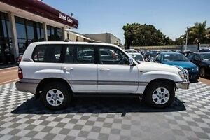 2005 Toyota Landcruiser UZJ100R Sahara White 5 Speed Automatic Wagon Alfred Cove Melville Area Preview
