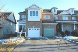 Gorgeous 4+1 Freehold Corner Unit Townhome At Candlebrook Dr