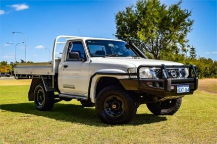 2010 Nissan Patrol GU MY08 DX (4x4) White 5 Speed Manual Leaf Cab Chassis Rockingham Rockingham Area Preview