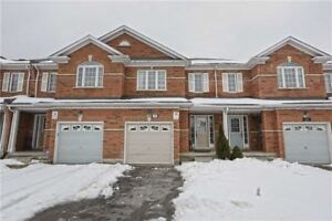 3 Bedroom town house for sale(Williams Parkway/James Potter)