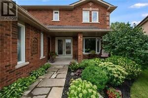 42 Hulst Dr Bradford West Gwillimbury Ontario Excellent property