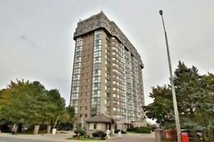 Spacious 2 Br With 2 Full Wr In Centre Mississauga