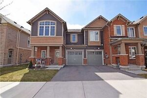 2 STOREY BEAUTIFUL TOWNHOUSE FOR SALE IN PICKERING