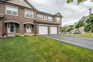 For Sale- 5 years old 5 Morningfield Lane Dartmouth