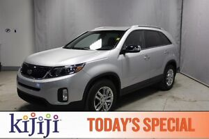 2015 Kia Sorento AWD LX BLUETOOTH Heated Seats,  Bluetooth,  A/C