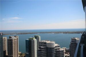 STUNNING PENTHOUSE 1+DEN W/PARKING DEN CAN BE 2nd BED LAKE VIEW