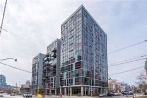 Bright Studio Condo Conveniently Located At Bathurst And King!