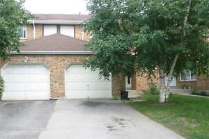 3 bed 3 WR Townhouse in Mississauga (Winston Churchill/Eglinton)