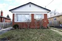 GREAT DEAL IN SCARBOROUGH! DETACHED BUNGALOW!