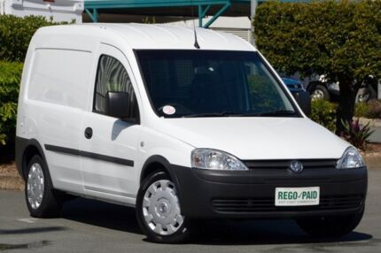 2010 Holden Combo XC MY10 White 5 Speed Manual Van Acacia Ridge Brisbane South West Preview