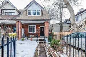 Well Maintained 3 Bed / 2 Bath Semi-Detached Home