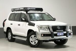 2014 Toyota Landcruiser VDJ200R MY13 GX (4x4) White 6 Speed Automatic Wagon