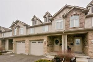 Guelph Townhouse 4 Beds/2.5 Bath