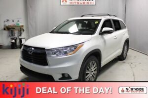 2016 Toyota Highlander AWD XLE Navigation (GPS),  Leather,  Heat