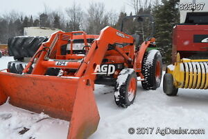 One owner Kubota L-3710 4x4 with loader mint, low hrs