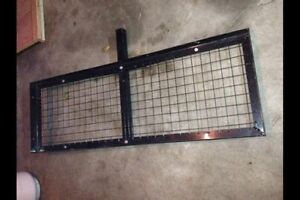 New, never used trailer hitch carrier, perfect for snowblowers