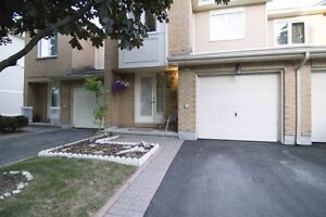 4E Maple Ridge Cres. Perfect Place to Call Home!