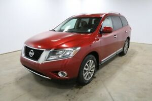 2015 Nissan Pathfinder AWD SL Accident Free,  Navigation,  Leath
