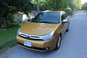 Heated Seats, Moonroof, Great Shape | 2009 Ford Focus SEL